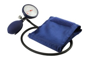 Blood pressure cuff with manometer